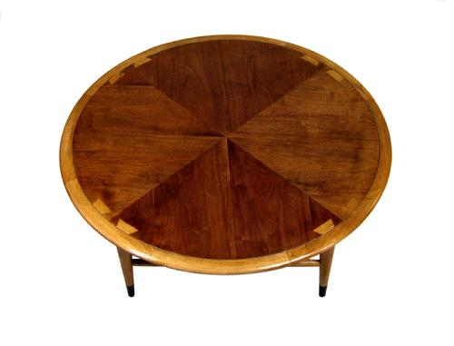 MM080 Acclaim Round Cocktail Table